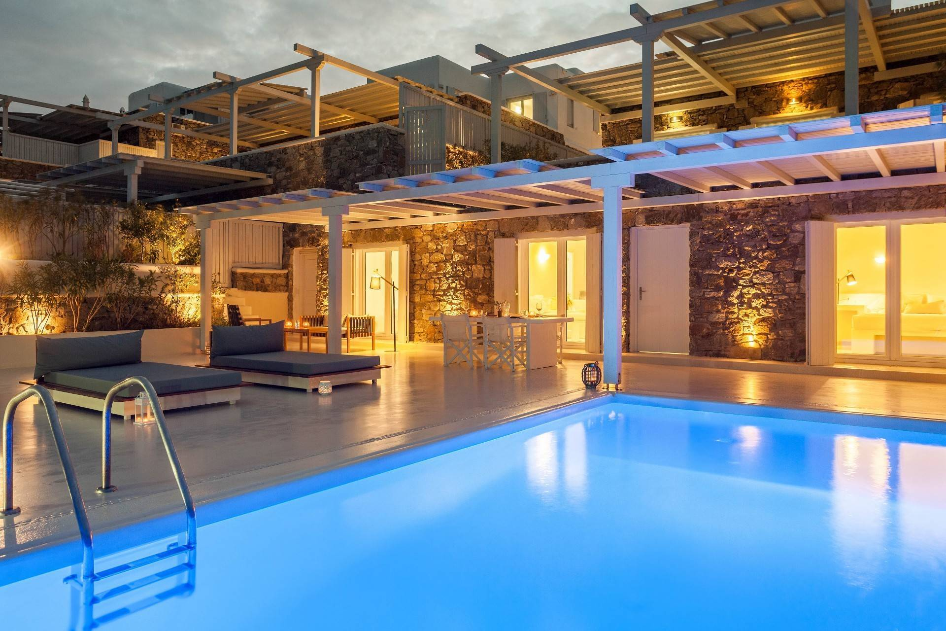 Royal Beachfront Infinity Pool Villa - Aleomandra Mykonos